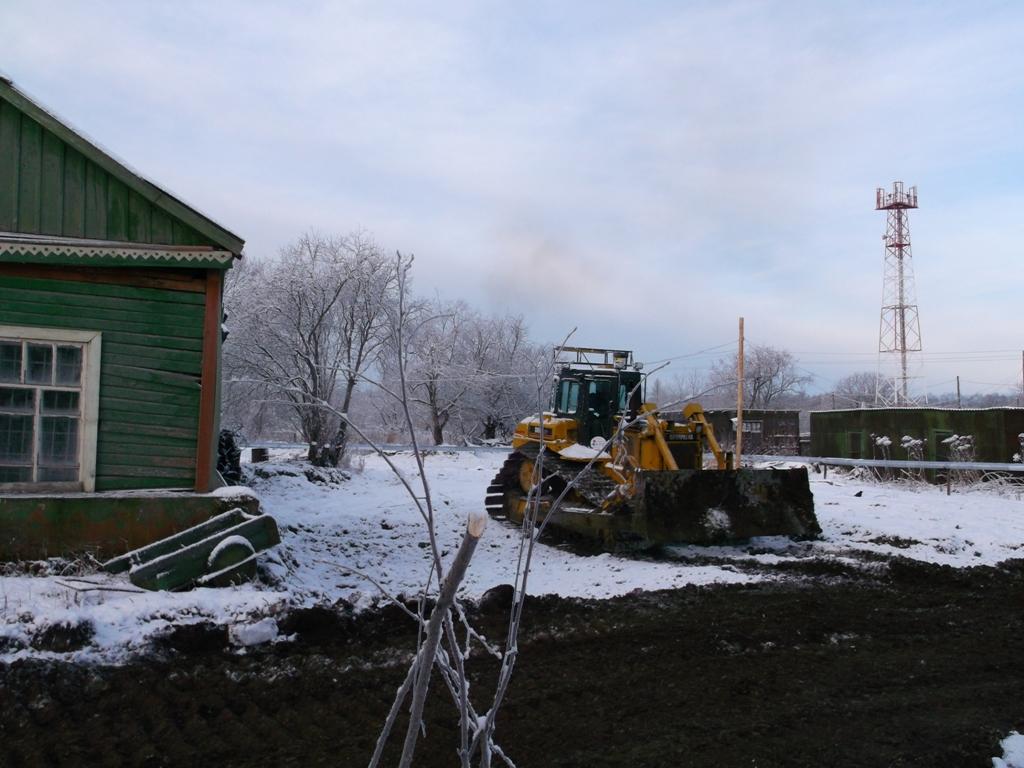 Расчистка территории под строительство храма