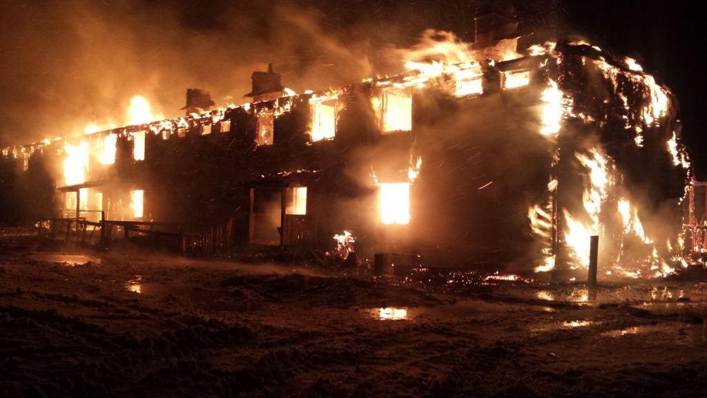 Пожар в многоквартирном доме п.Тымлат
