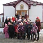 Воскресную службу посетили семьи из Донбасса