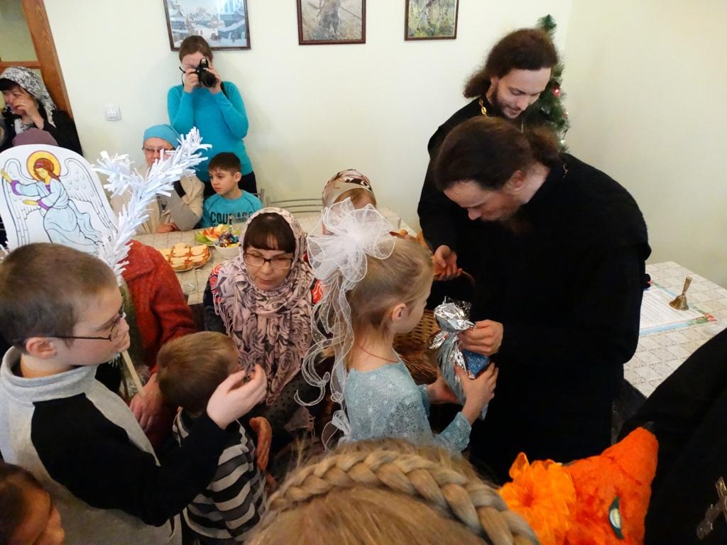 Праздничное выступление Воскресной школы