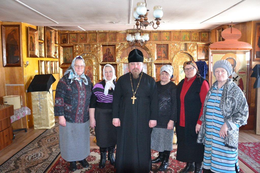 С прихожанами Никольского храма п. Николаевка
