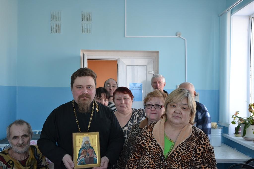 Посещение больницы со святыней