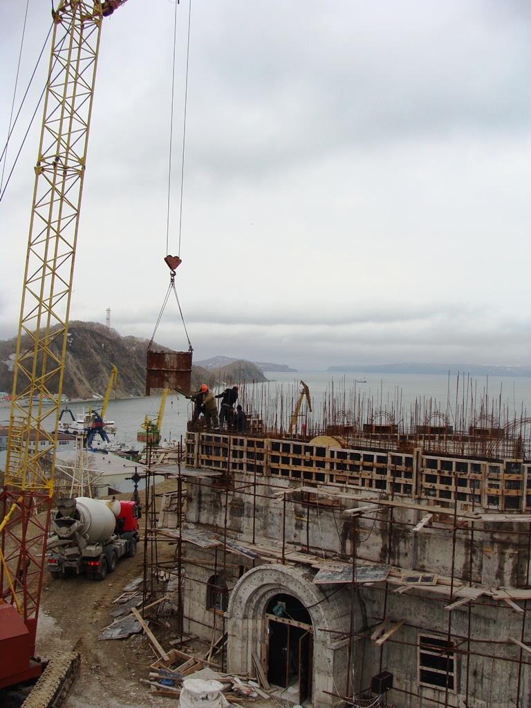 Заливка стен Камчатского Морского Собора
