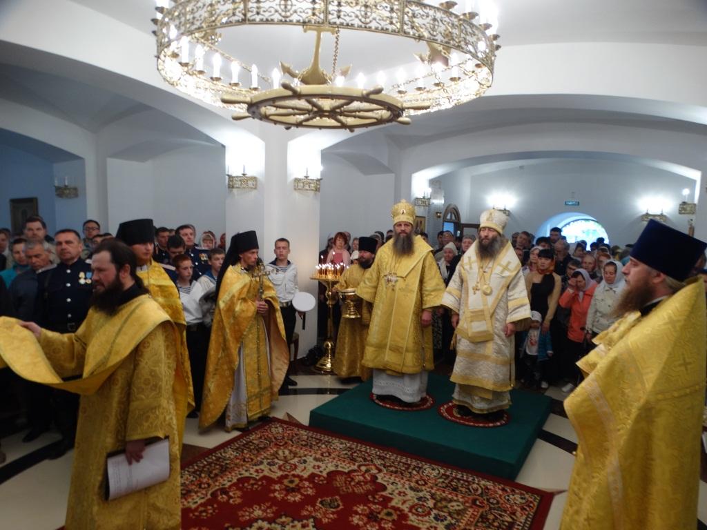 Торжества по случаю освящения нижнего храма Камчатского морского собора.