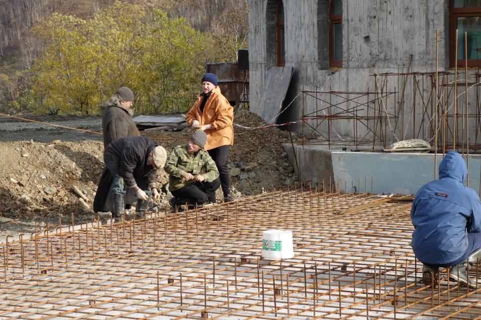 Работы по строительству фундаментной плиты в основание звонницы Камчатского Морского Собора. 2015 год.