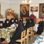 Посещение женского монастыря в праздник Жен-мироносиц.