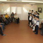 Епископ Вилючинский Феодор с прихожанами и воспитанниками Воскресной школы Морского собора посетили дом инвалидов