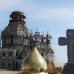 Освящение креста Камчатского Морского собора