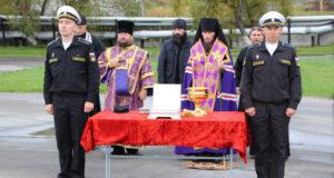 моряки-подводники поклонились мощам двенадцати апостолов на Камчатке