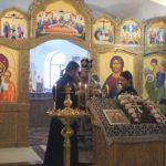 Епископ Феодор совершил литургию Преждеосвященных Даров в день празднования иконе Божией Матери «Державная»