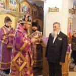 Епископ Феодор наградил Владимира Алексеевича Семенова медалью За особые заслуги