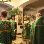 В канун праздника Святой Троицы архиепископ Феодор совершил всенощное бдение в Морском соборе