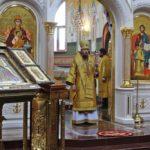 В день святых благоверных князей Петра и Февронии Управляющий епархией совершил Литургию в Морском соборе